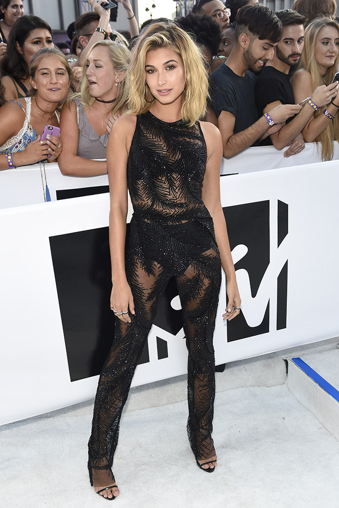VMA 2016 Hailey Baldwin