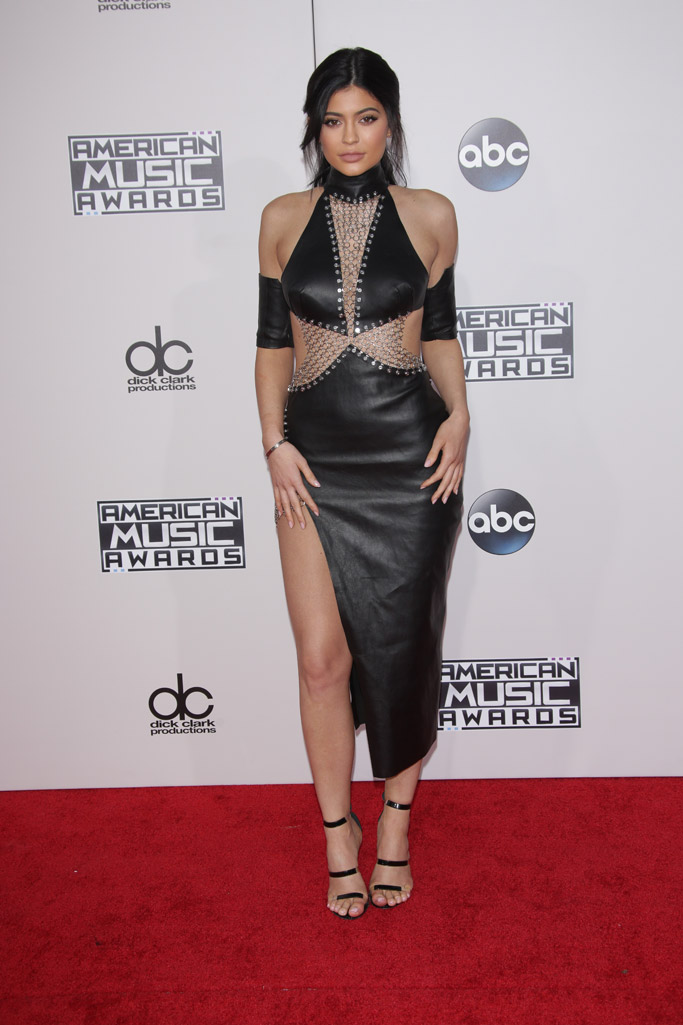 Kylie Jenner Shoe Style
