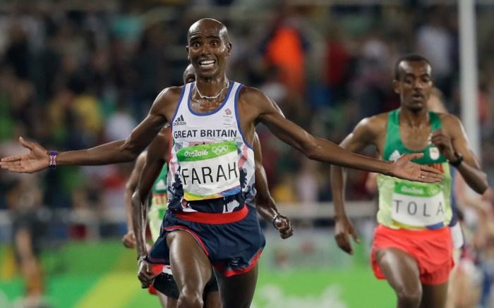 mo farah gold medal olympic games rio nike sneakers falling