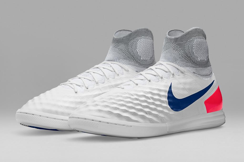 Nike FootballX Heritage Pack