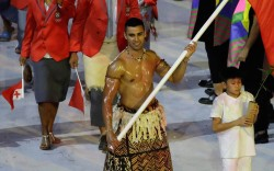 pita taufatofua tonga shirtless rio olympic