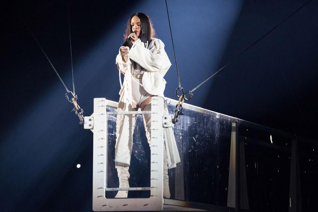 Rihanna Anti World Tour Style
