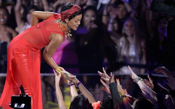 Rihanna MTV VMA Style 2012