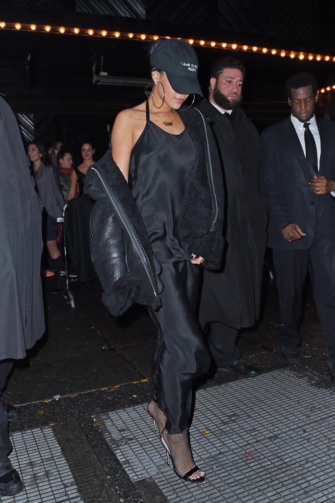 Rihanna grates