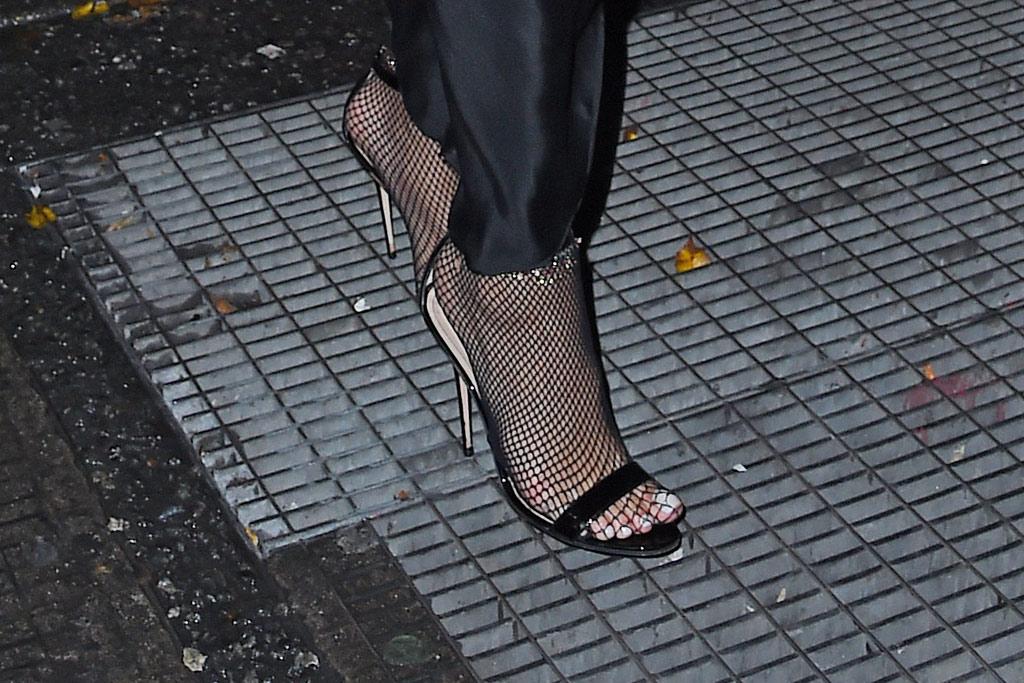Rihanna heels grates