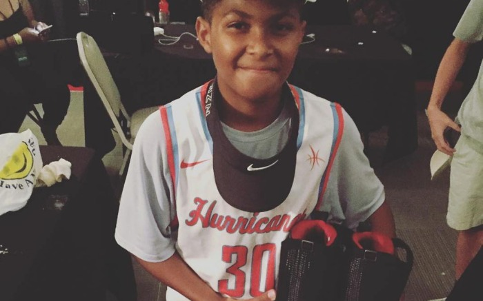 Drake Gives Young Fan Air Jordans