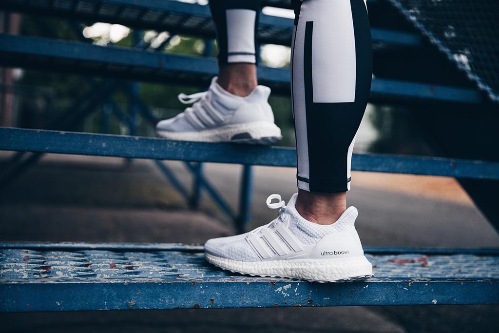 adidas ultra boost 3.0 triple white womens