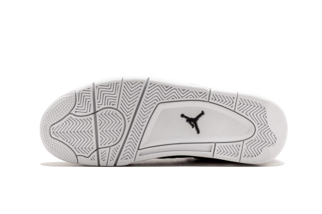Air Jordan 4 Retro Premium Obsidian