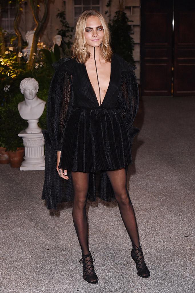 Cara Delevingne Burberry London Fashion Week