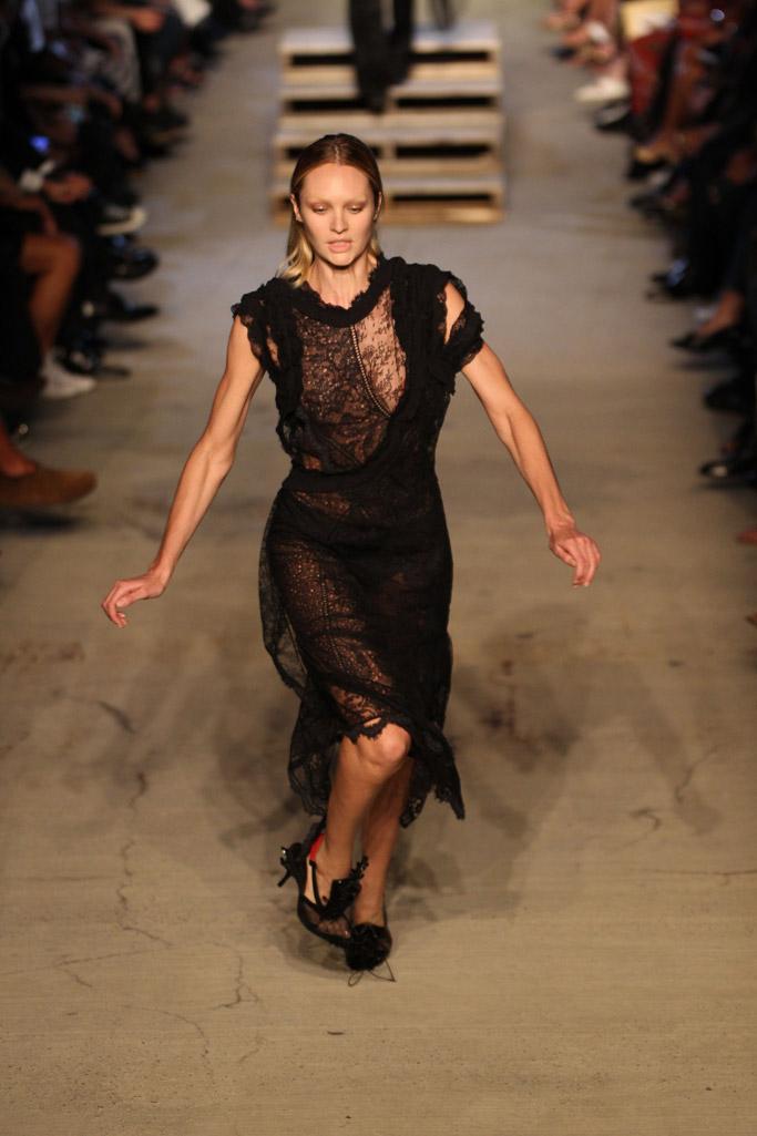 Candice Swanepoel falling model runway givenchy