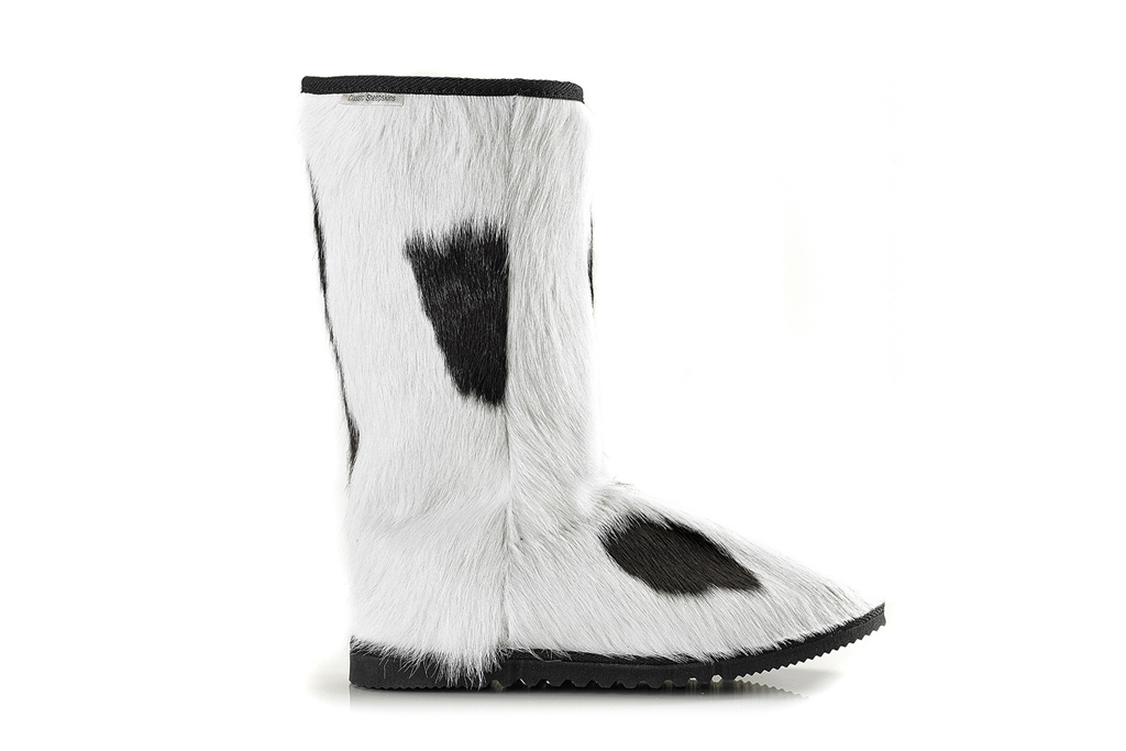 Classic Sheepskins' Moo boot in cowhide with shearling lining.