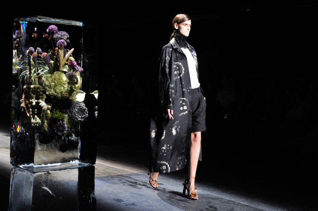 Dries Van Noten Spring 2017 Ready to Wear Collection