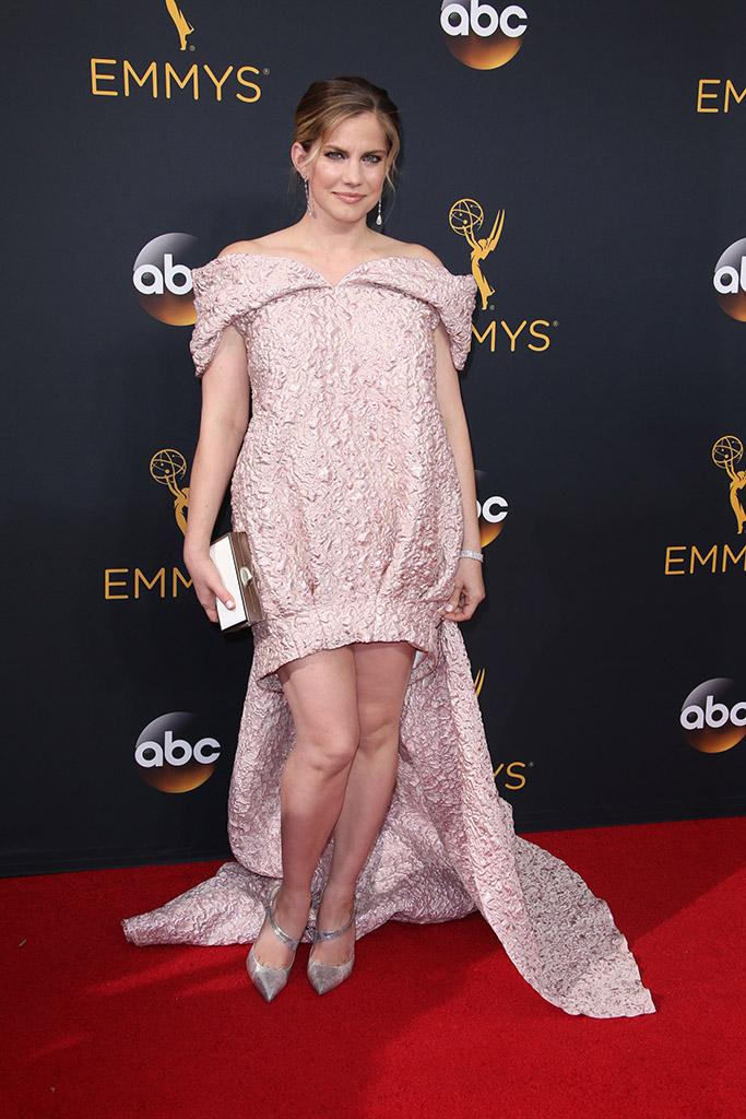 Emmys 2016 Anna Chlumsky
