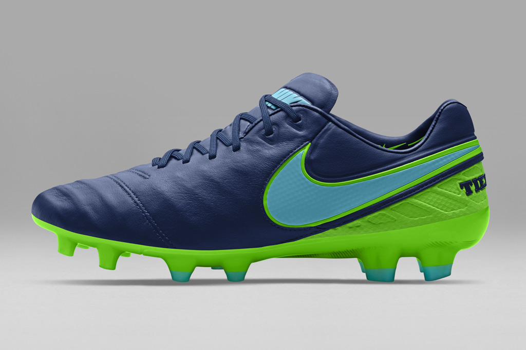 Nike Floodlights Soccer Pack