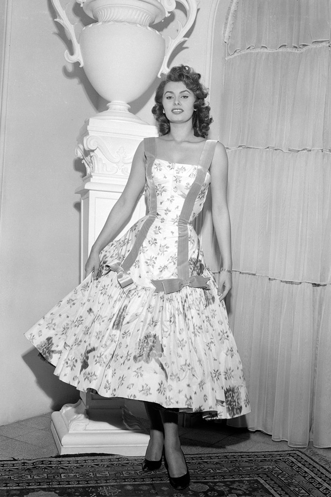 January 1955: Loren in a gown designed by Emilio Schuberth while in Rome.