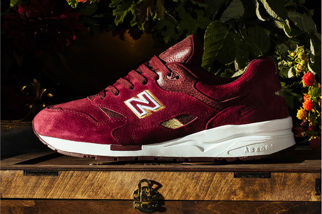 Ubiq New Balance 1600 English Crown