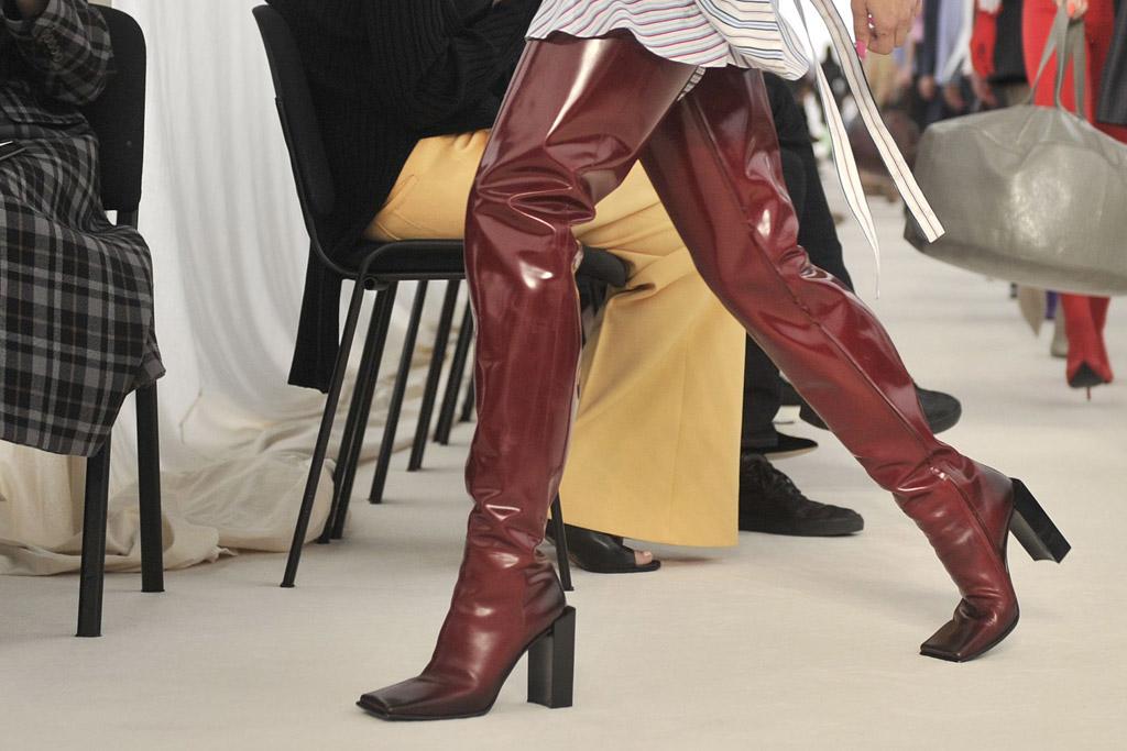 nariz Señora Seguro  Balenciaga Ready-to-Wear Spring 2017 Shoes – Medinatheatre News