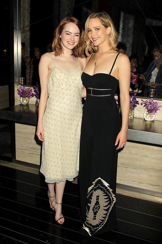 Emma Stone and Jennifer Lawrence La La Land