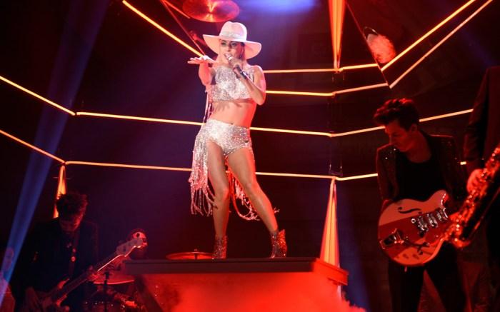 Lady Gaga Joanne SNL
