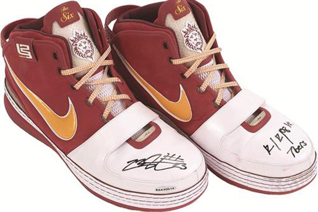lebron shoe sign