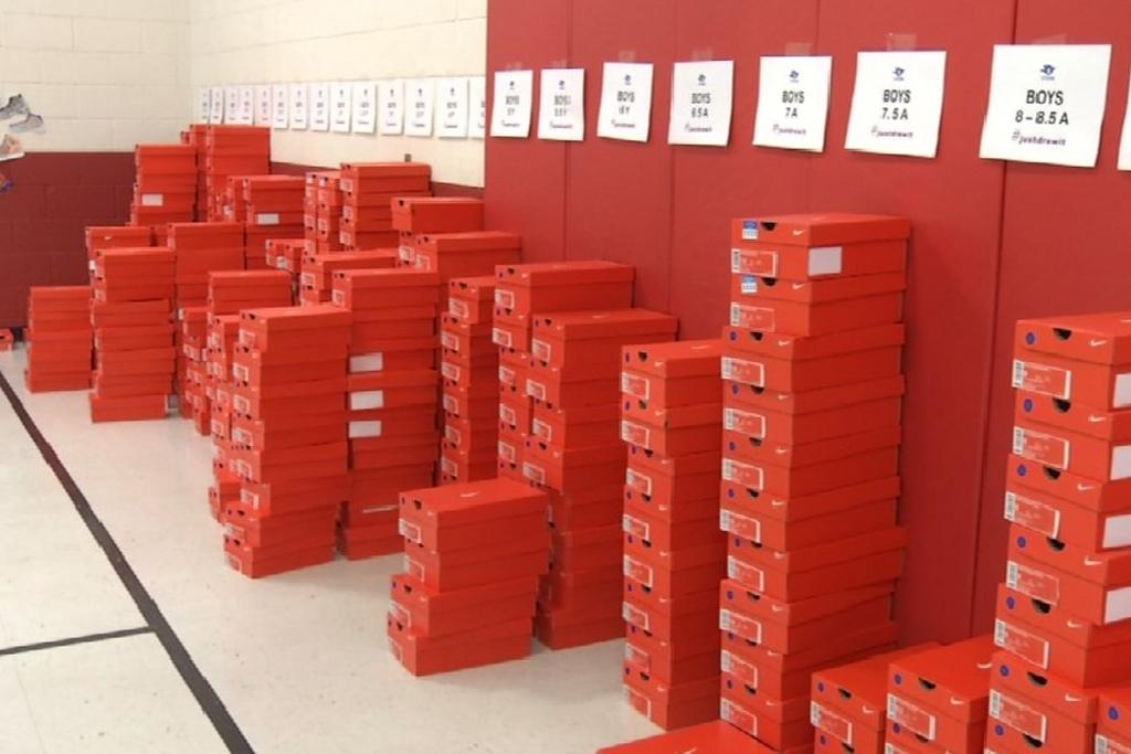 Drew Frank El Paso Sneaker Giveaway