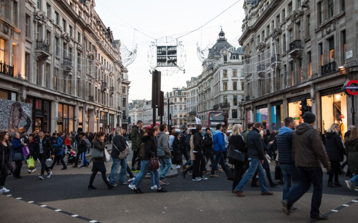 London holiday shoppers, Oxford Street.
