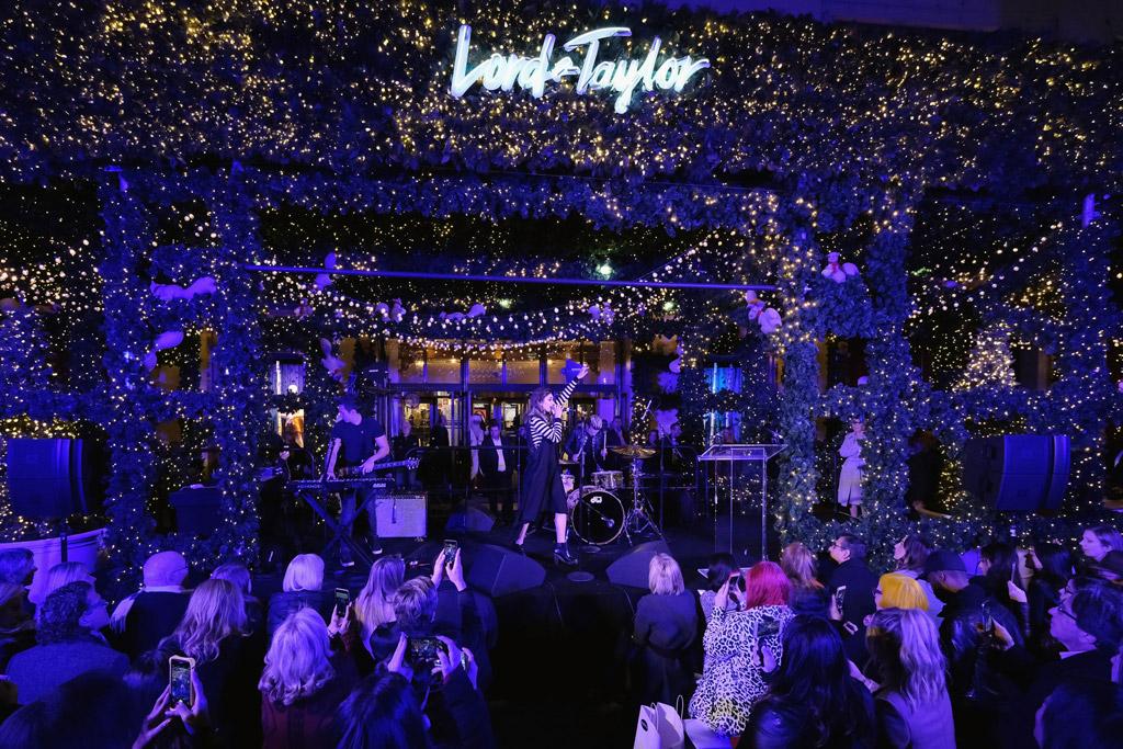 Lord & Taylor 2016 holiday windows