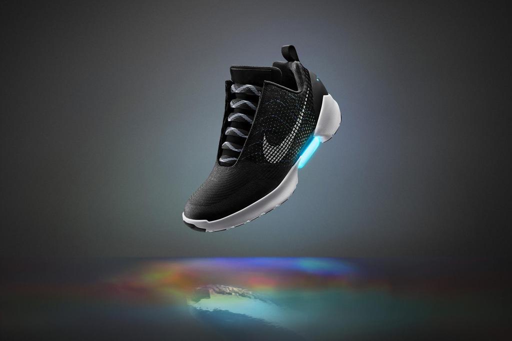 Self-Lacing Nike Hyperadapt 1.0