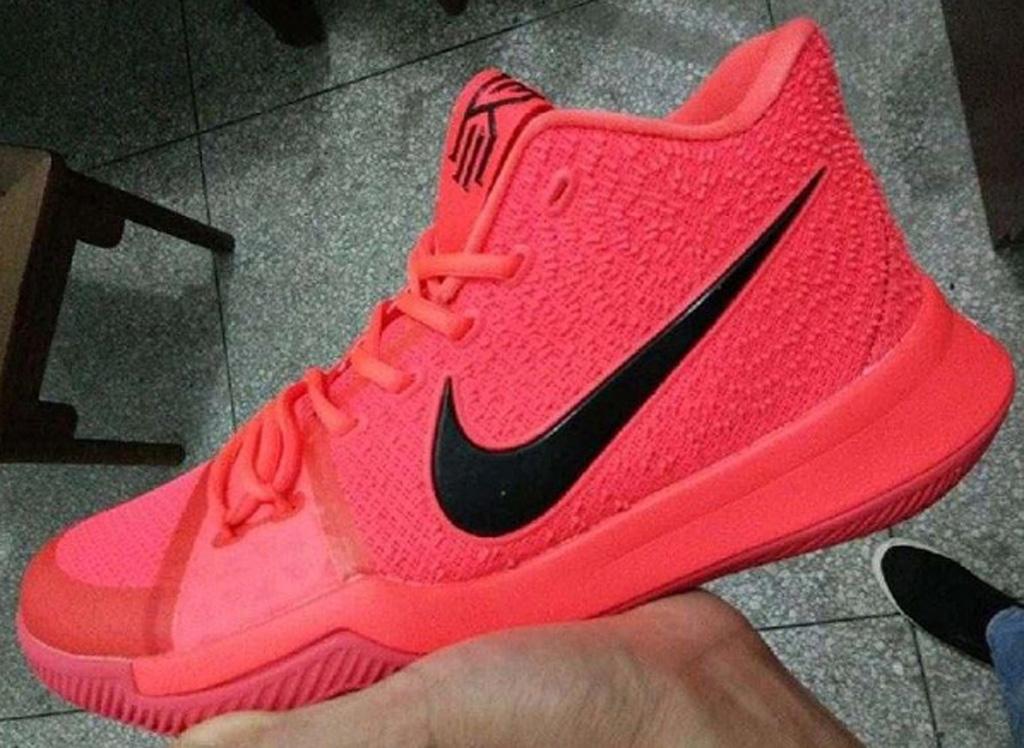 Nike Kyrie 3 crimson black