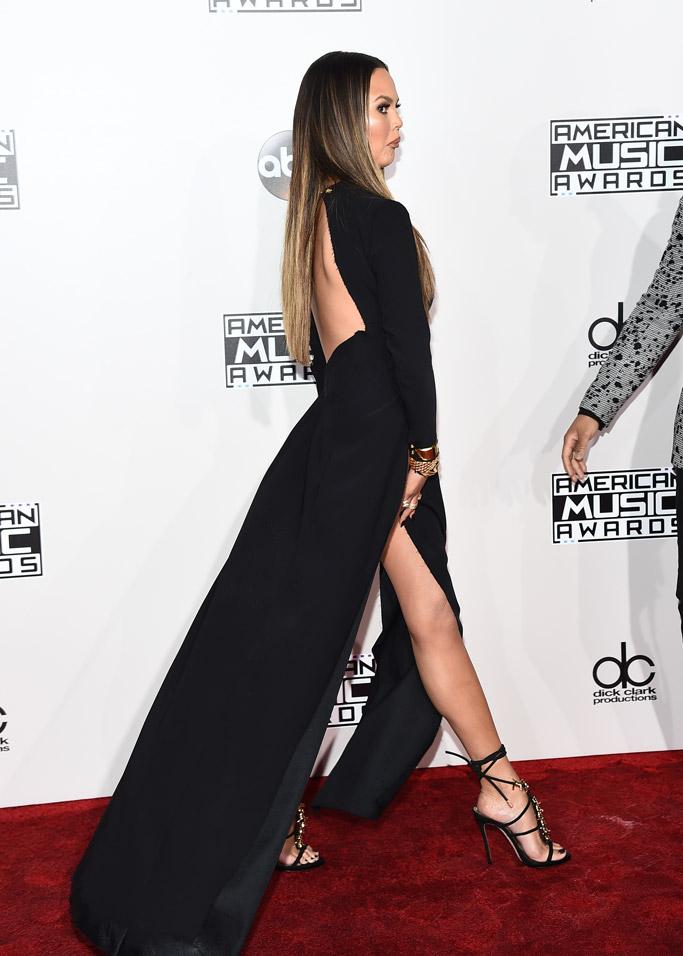 Chrissy Teigen legs