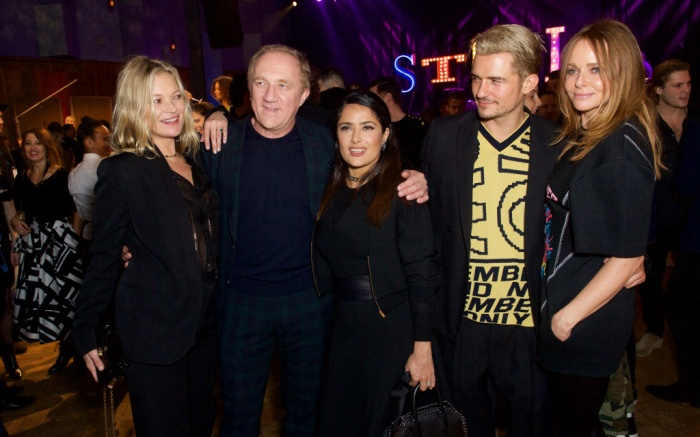 Left to right: Kate Moss, Francois Henri-Pinault, Salma Hayek, Orlando Bloom and Stella McCartney