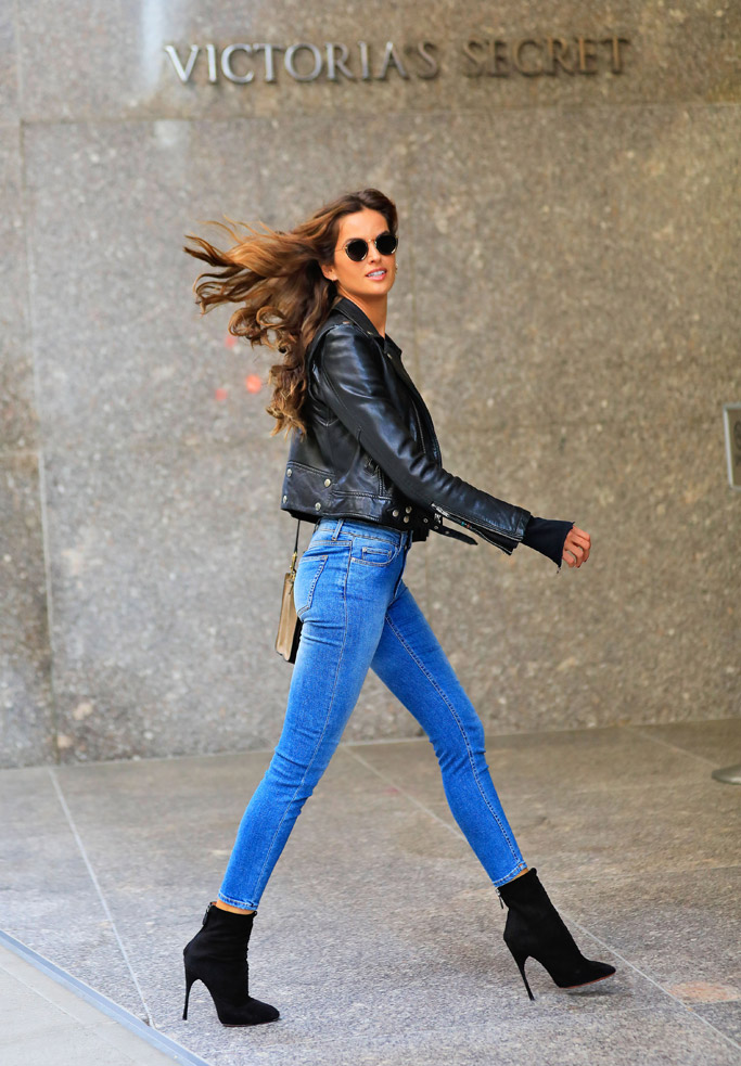 Victoria's Secret Models Shoe Style