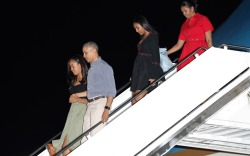 Obama Family Vacation in Hawaii