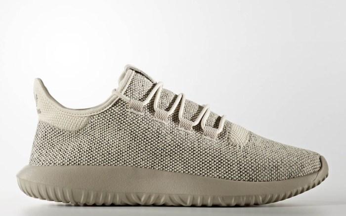 preocupación Adaptabilidad Leopardo  This Adidas Sneaker Is a Budget-Friendly Alternative to Yeezy Boosts –  Footwear News
