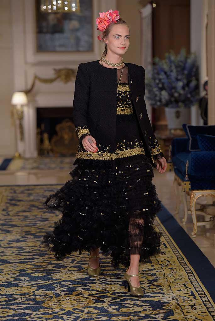 Cara Delevinge, Chanel 2016 Metiers d'Art.