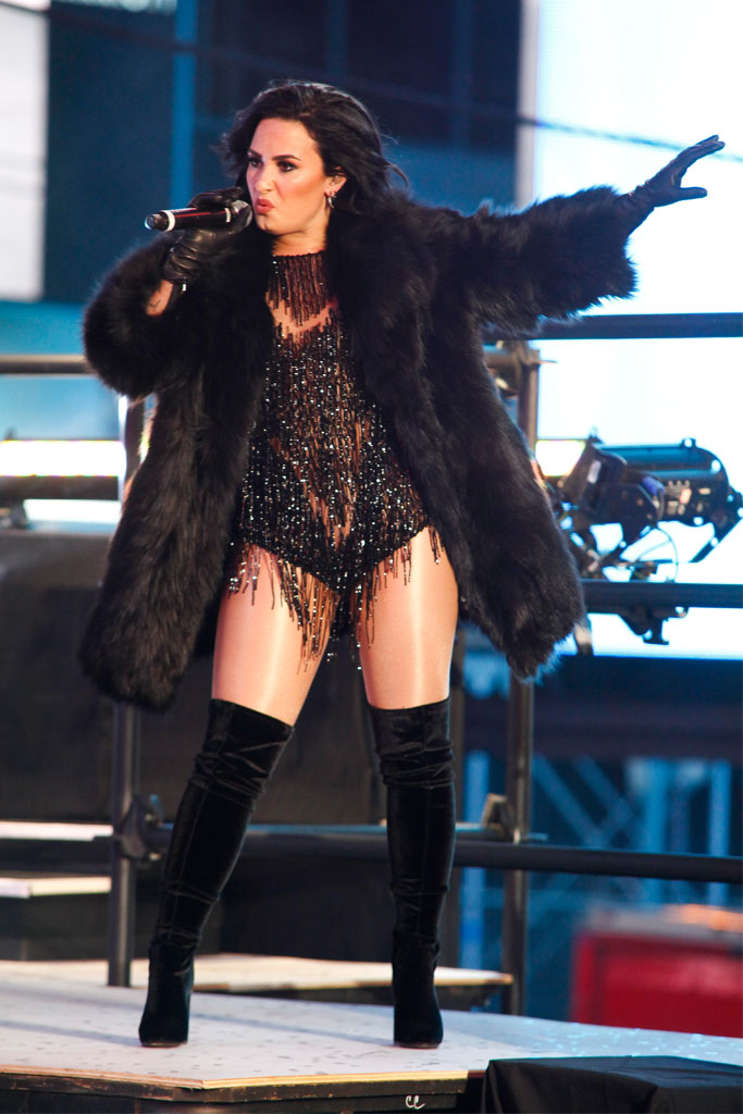 Demi Lovato New Year's Eve 2015