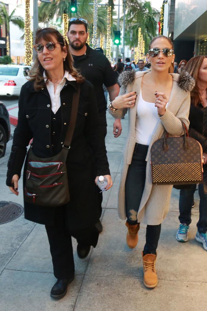 Jennifer Lopez Shopping Beverly Hills