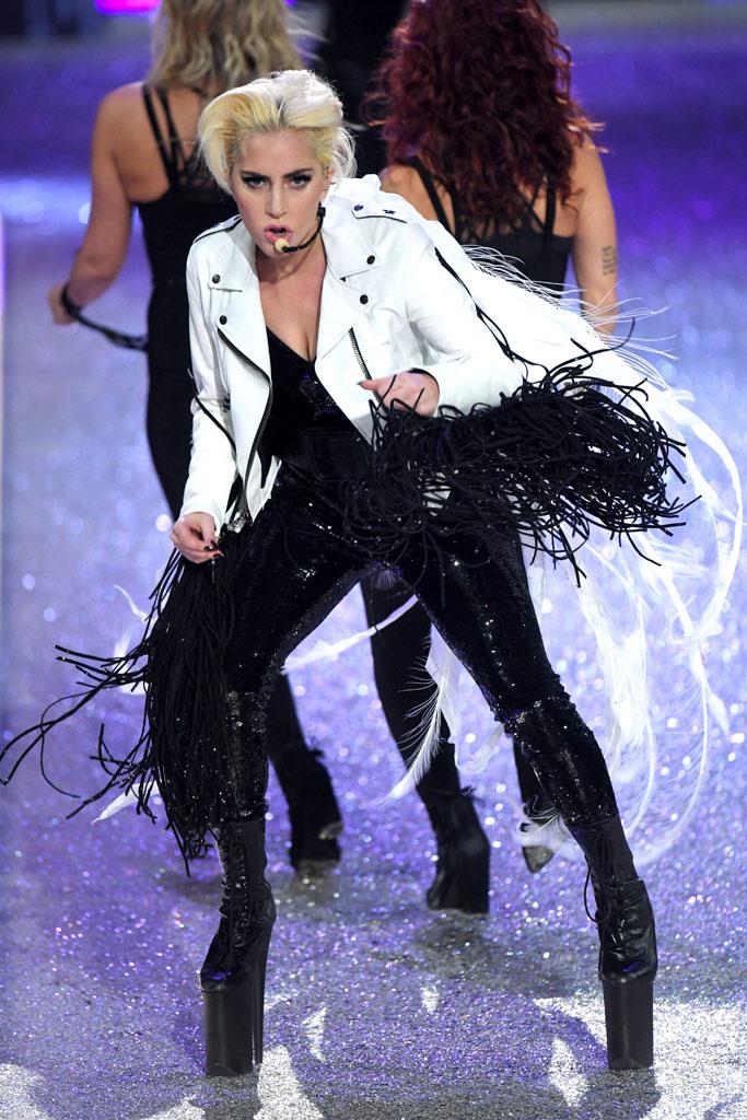 Lady Gaga Victoria's Secret Fashion Show Paris