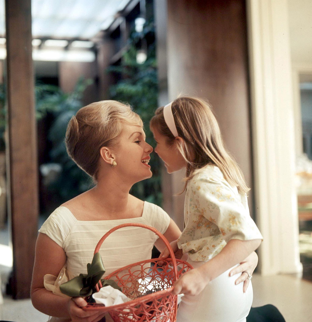 debbie reynolds carrie fisher young