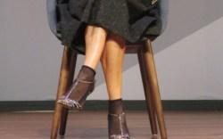sarah-jessica-parker-sandals-tights-08a