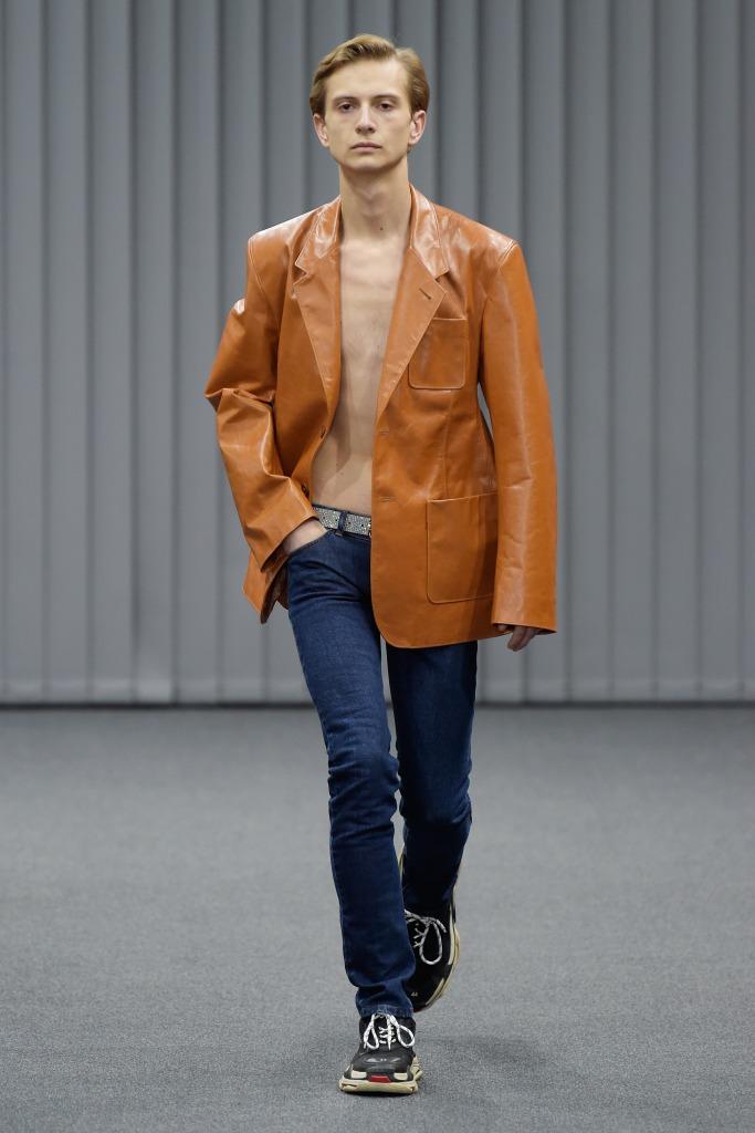 Balenciaga fall '17 collection.