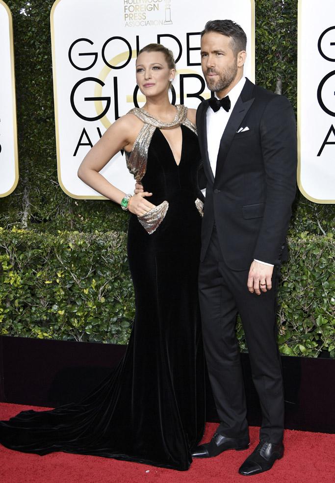 Blake Lively Ryan Reynolds 2017 Golden Globes