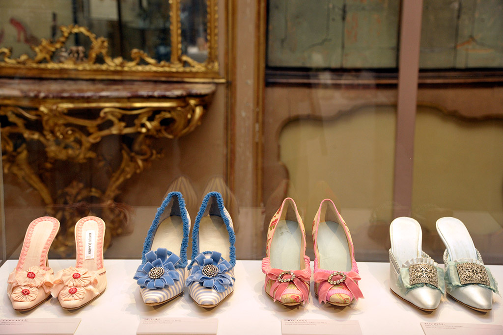 """Manolo Blahnik. The Art of Shoes"""