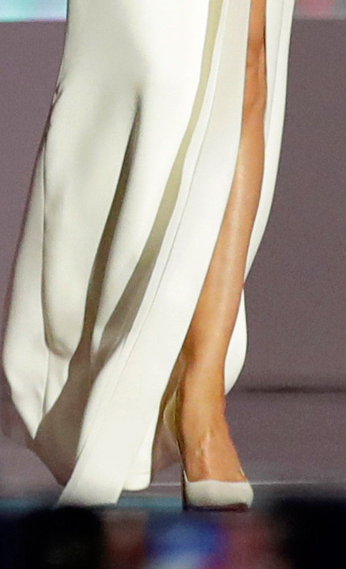 melania trump inaugural ball dress