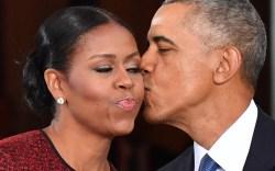 Michelle and Barack Obama Go Barefoot