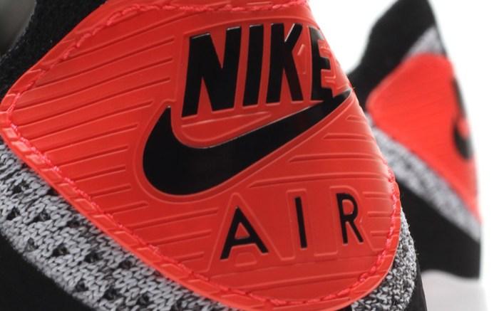 Nike Air Max 90 Flyknit