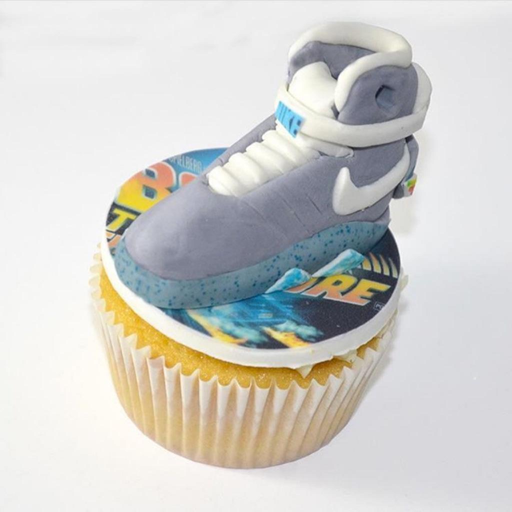 Nike Mag cupcake Eat Good NYC