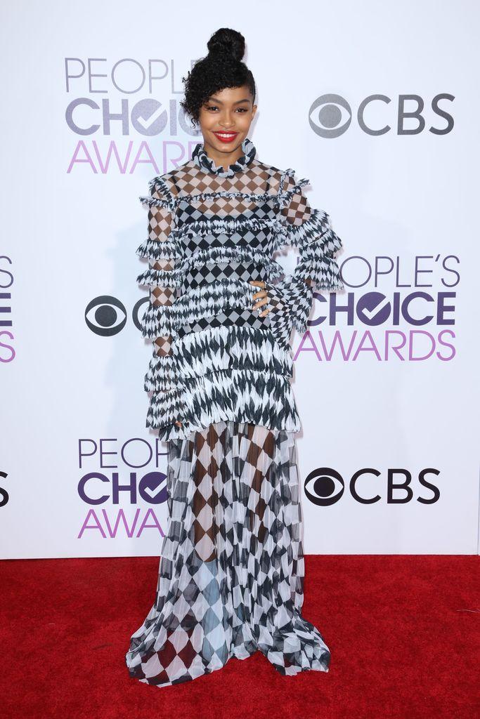 People's Choice Awards Yara Shahidi red carpet