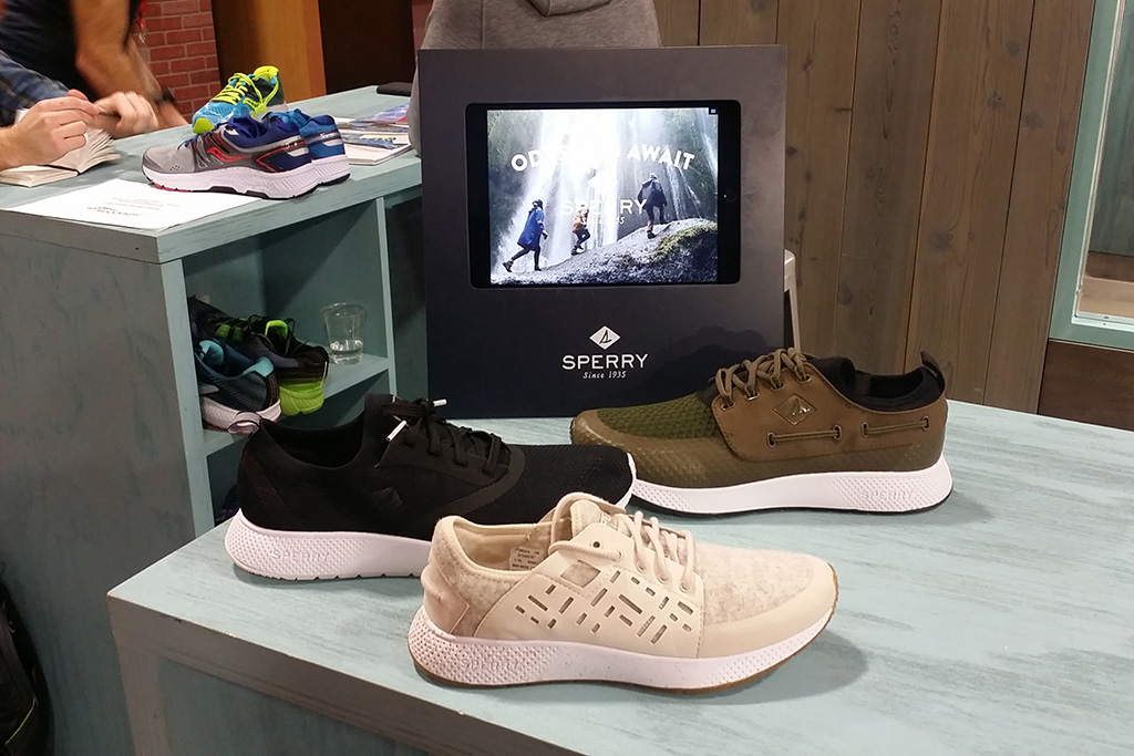 Sperry 7 Seas Carbon Collection