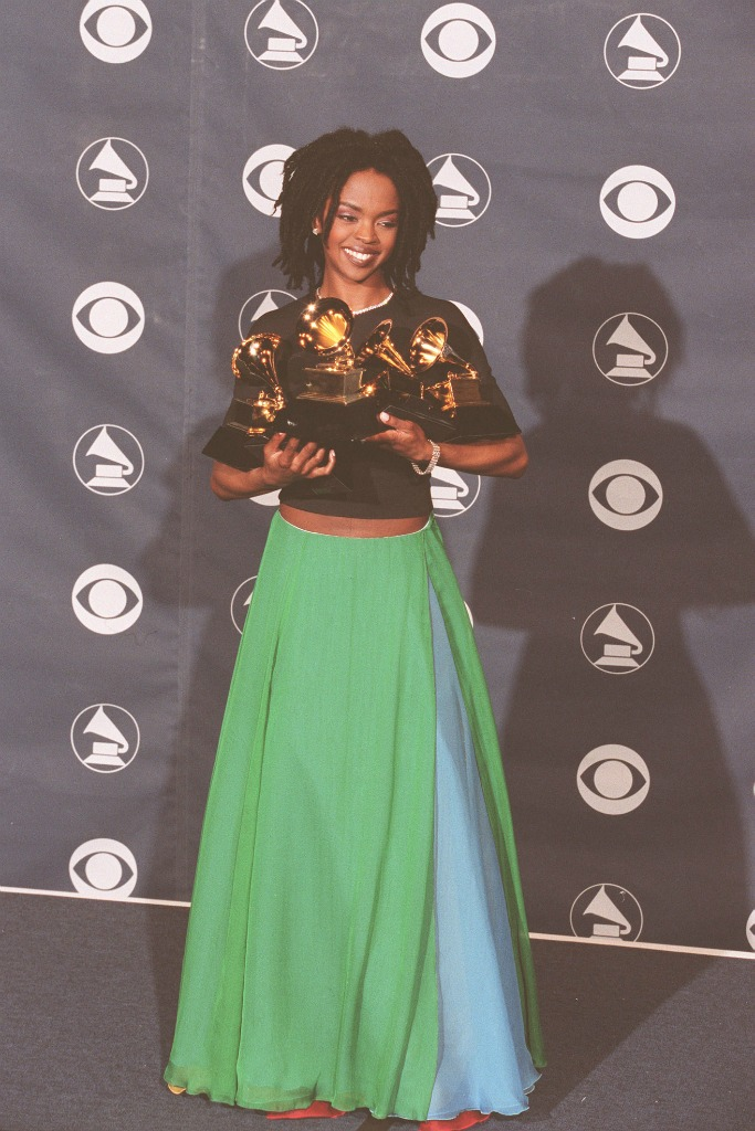 Lauryn Hill stunned in a Giorgio Armani two-pieced outfit at the 1999 Grammys.